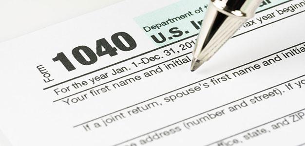 1040_IRS_Tax_Form_Shutterstock