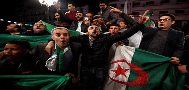 Algerians_celebrate_AFP