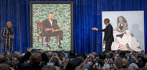 Barack_Michelle_Obama_Smithsonian_Institute_AP_Andrew_Harnik