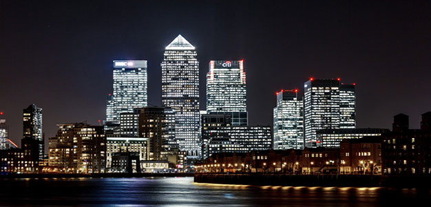 canary-wharf-at-night