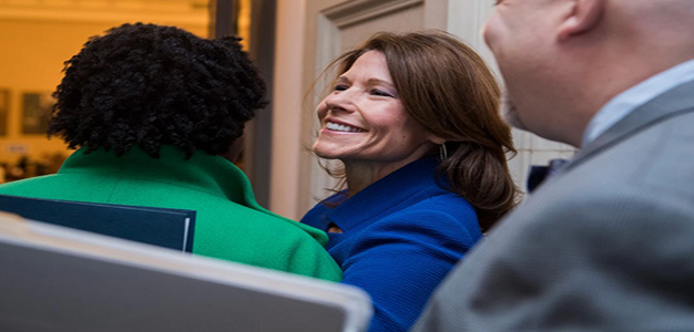 Cheri_Bustos_GettyImages_Tom_Williams