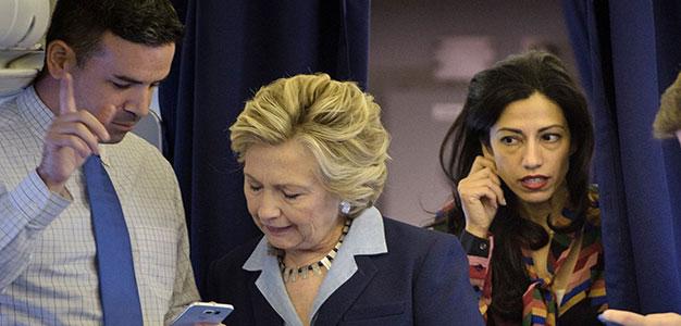 clinton_campaign_cozy_press_relations
