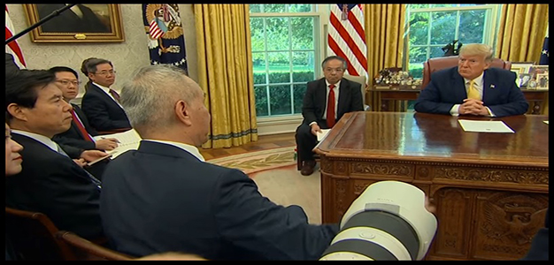 Donald_Trump_Liu_He_Oval_Office