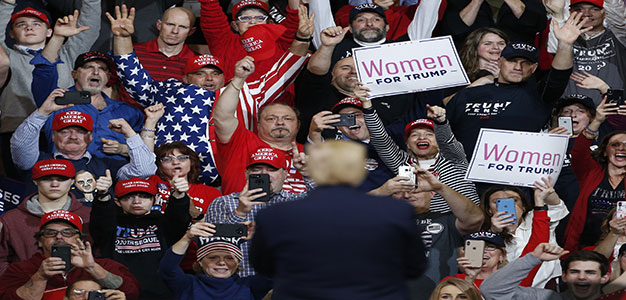 Donald_Trump_Rally_GettyImages_Boston_Globe