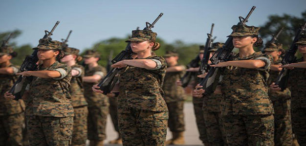 Female_Marine_Corps_Recruits_Dana_Beesley