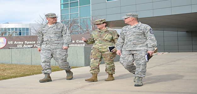 Gen_John_Hyten_US_Army_Sgt_Zach_Sheely