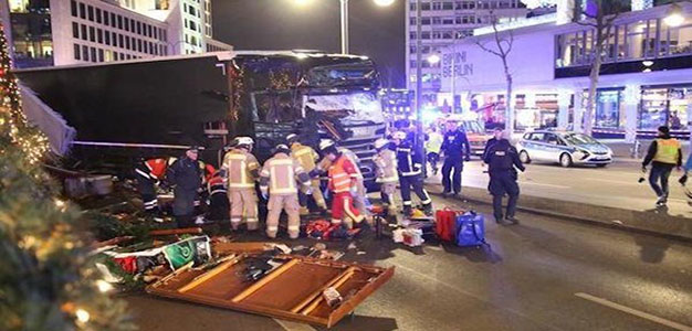 German_Bus_Drives_Into_Crowded_Market_2