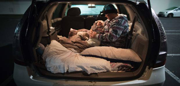 Homeless_People_in_Cars