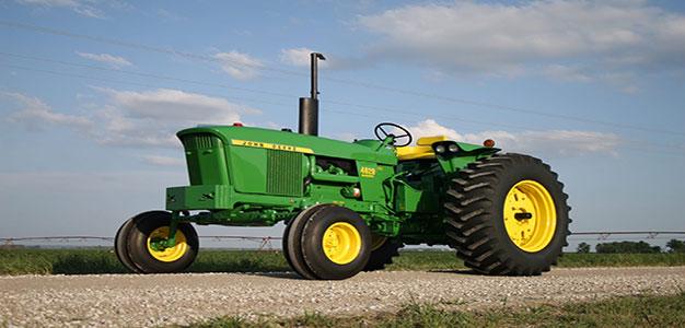 John_Deere_1970_Tractor_Farm_Farming