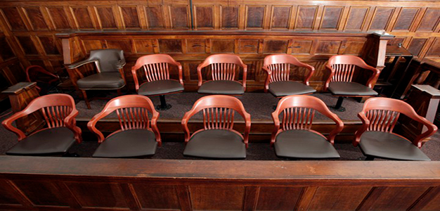 Jury_Courtroom_Reuters_Chip_East
