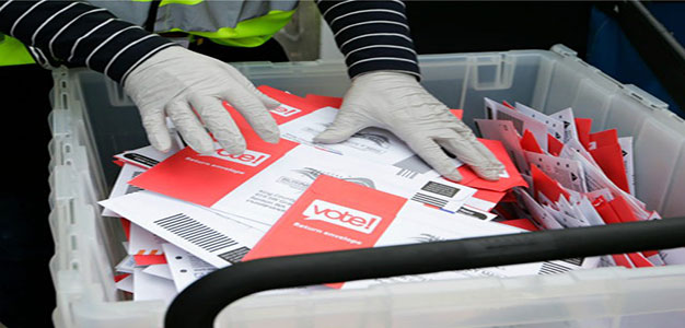 Mail_voting_vote_voter_AP_John_Froschauer