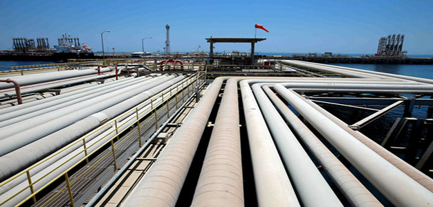 Oil_Tanker_Loading_Reuters