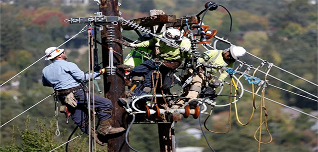 PG_and_E_Power_Line_Workers