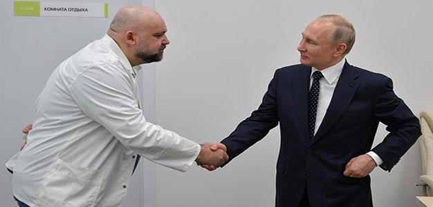 Putin_Protsenko_Shake_Hands