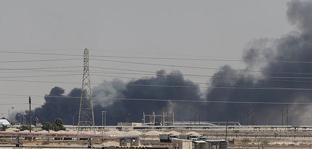 Saudi_Arabia_Oil_Refinery_Houthis