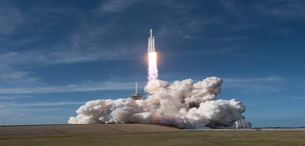 Space_X_Falcon_Heavy_Daniel_Oberhaus