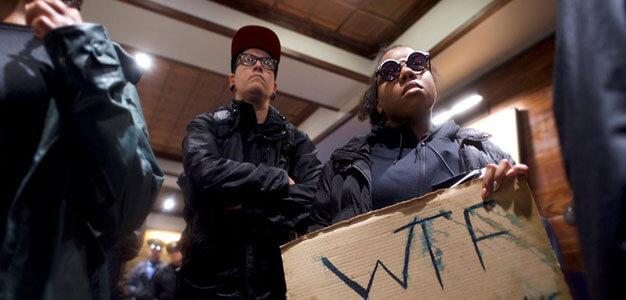 Protesters Flood Starbucks, Vow To Shut It Down After Police Arrest Black Men (VIDEO)…