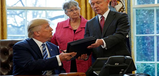 Trump_Sessions_Kevin_Lamarque_Reuters