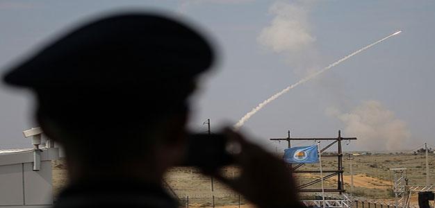 Ukraine tests missiles near Crimea